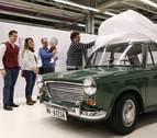 Volkswagen Navarra restaura el primer coche fabricado en Landaben en 1966