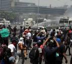 Un muerto y más de cien heridos tras el arranque de la 'Operación Libertad'