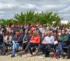El Parque de la Memoria de Sartaguda reconoce a dos colaboradores