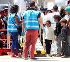 Salvamento Marítimo rescata a 359 personas, entre ellas 10 niños, de nueve pateras