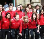 Pamplona rinde un merecido homenaje a la temporada de Osasuna Femenino