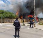 Un muerto y diez heridos en el incendio de un edificio okupa de Ibiza