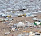 El 82 % de españoles no recicla tanto plástico como para paliar crisis climática