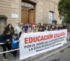 Familias de alumnos sin plaza en Jesuitas Tudela piden una línea nueva