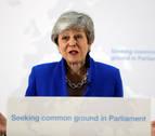 May, presionada por sus ministros, retrasa la ley del brexit