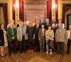 Ollo recibe a una delegación de 'Niños Austriacos' acogidos en Navarra hace 70 años
