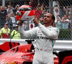 Hamilton (Mercedes) homenajea a Niki Lauda con un sufrido triunfo en Mónaco
