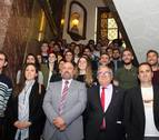 Recepción a los equipos masculino y femenino de Osasuna en la Delegación del Gobierno