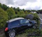 Doble accidente sin heridos en la A-10, a la altura de Lakuntza