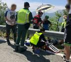 Un motorista herido al caer y chocar contra una bionda en la NA-7500