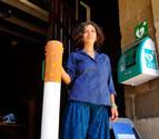 Mendigorría presenta un contenedor para colillas y chicles