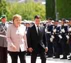 Merkel, tras un nuevo episodio de temblores, insiste: