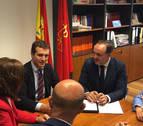 Casado (PP) insta a Sánchez, en Pamplona, a evitar que los