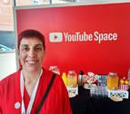 Elena Prieto, la 'youtuber' que enseña español a personas de todo el mundo