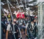 China reacciona con furia tras el asalto estudiantil al Parlamento de Hong Kong