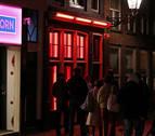 Holanda prohíbe el burka en edificios y transportes públicos