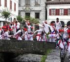 Las mujeres también bailan el 'zubigainekoa'
