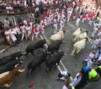 Violento encierro con unos Jandilla agrupados tras unos cabestros liderando de nuevo la manada