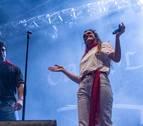 Amaia, protagonista en San Fermín al subirse al escenario junto a Carolina Durante