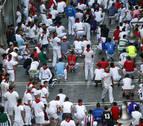 Sentada de protesta por la polémica de los bueyes en los encierros de San Fermín