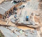 Abren un paso provisional que conecta la NA-5110 y la N-121 tras la riada en Tafalla