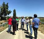 La consejera Elizalde visita la zona afectada por las inundaciones