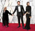 La madre de Bradley Cooper se enfrenta a su exnuera, Irina Shayk