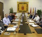 El Parlamento condena los casos de violencia sexual en San Fermín