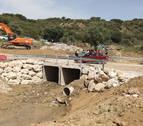 Habilitado un vado provisional en el puente de acceso a Sánsoain