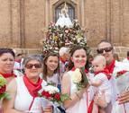 Los tudelanos honran con flores a Santa Ana