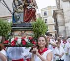 """Primera mujer que porta la imagen de Santa Ana 'La Vieja': """"En mi casa no concebimos este día sin este 'ratico'"""""""