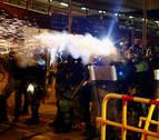 Otra marcha prohibida en Hong Kong enfrenta de nuevo manifestantes y policía