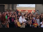 El Drogas graba un videoclip en la Plaza Consistorial de Pamplona