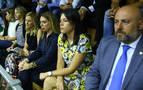 La política copa un palco con 57 invitados en la investidura de Chivite