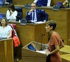 Compromisos, inconcreciones y omisiones en el discurso del Pleno de Investidura de María Chivite