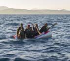 Rescatan a 59 inmigrantes de una patera en el Estrecho de Gibraltar