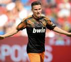 Dos goles de Gameiro remarcan la superioridad del Valencia ante el Leverkusen