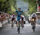 Dylan Westley gana la etapa de Etxarri Aranatz de la Vuelta Pamplona