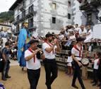 La lluvia y el tiempo respetan el cohete de las fiestas en Leitza
