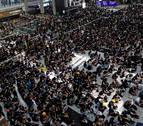 El aeropuerto de Hong Kong cancela todos los vuelos por protestas