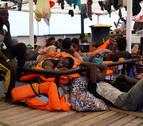 España ofrece puerto 17 días después al Open Arms, que insiste en ir a Italia