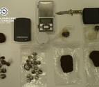Tres detenidos en una bajera de Pamplona, dos de ellos menores, por tráfico de drogas