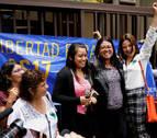 Absuelta la mujer acusada de homicidio por la muerte de su bebé en El Salvador
