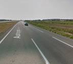 Un herido en una colisión entre un coche y un camión en Murchante