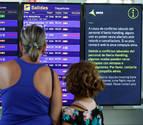 Viajeros atrapados en El Prat en tiempos de cancelaciones preventivas
