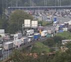 Los camiones regresan a las carreteras de acceso a Francia