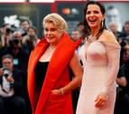 Deneuve y Binoche, duelo de actrices en la apertura de la Mostra