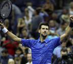 Djokovic y Federer se exhiben en el US Open; Medvedev y Wawrinka avisan