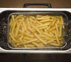 Un joven británico sufre pérdida de visión por comer únicamente patatas fritas