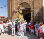 Fontellas muestra su cariño a la Virgen del Rosario